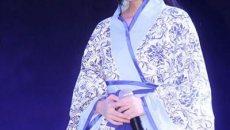 中国第一美女鞠婧祎舞台着汉服