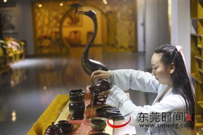 复兴中华传统服饰 东莞汉服爱好者在努力-图片2