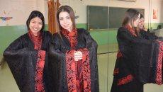 外国留学生着汉服吟诵诗词 为中国传统文化点赞