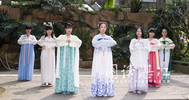 不要问我从哪里来,我是汉服文化的追随者-图片1