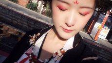 徐娇着汉服去日本神社 画武媚娘妆遭路人围观
