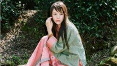 演员张越涵汉服写真 展现中国古典美
