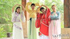 致青春:湖南理工学院学生穿汉服拍毕业照