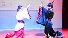 广西大学生穿汉服旗袍比拼礼仪