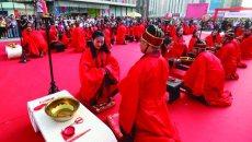 """很炫很传统!济南50对情侣身着汉服举行汉式""""婚礼"""""""