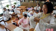 合肥:穿汉服学礼仪读《礼记》 传承传统文化