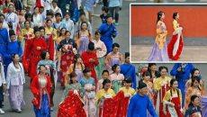 全球汉服出行日 潍坊市40人穿汉服街头授礼仪