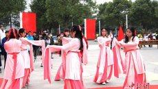 盐城|大学生身着汉服举行传统成人礼