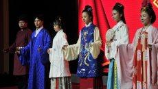 市民参与汉服文化活动 专家:应拓展汉服文化产业