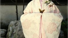 河南:传统节日做套汉服穿如何?
