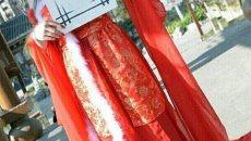 南溪中学生着汉服走秀 传承传统文化