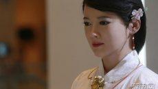 中国最美女机器人穿汉服亮相 你不说我还以为是真人