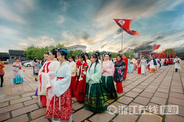 千年汉服与千年古镇再次相遇 第四届西塘汉服节开启文化盛宴-图片2