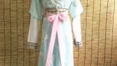 唐朝就开始穿T恤了?坦领襦裙的探索制作