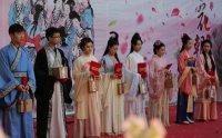 复兴中华传统文化 着汉服庆上巳度华朝