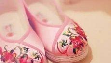 """从缠足到高跟鞋:高跟鞋,""""三寸金莲""""的替代物"""