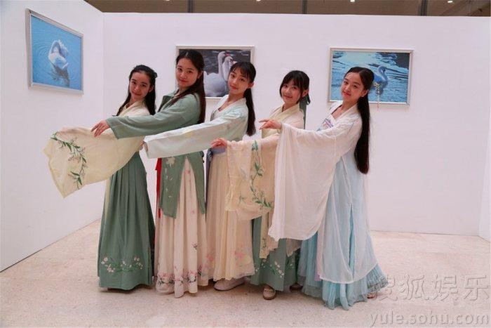《国风》天桥艺术中心上演 汉服美女们齐亮相-图片1