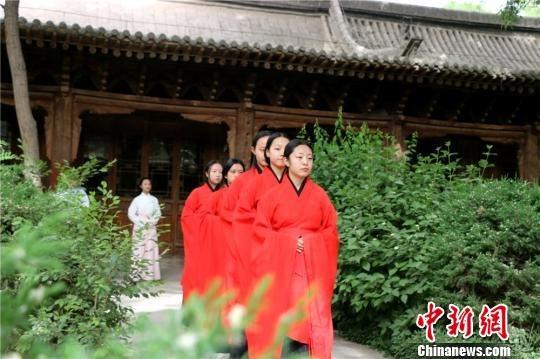 甘肃张掖过别样端午节 弘扬传统文化-图片1