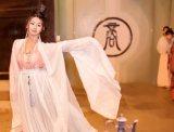 《月舞》汉服舞蹈 中秋祭祀后即兴 大袖衫 对襟齐腰