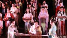 云南青年男女将着汉服上演斗巧会 回归传统七夕