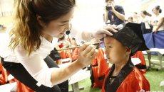 泰安500名小学新生着汉服参加开笔礼仪式