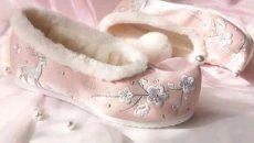 汉服只能搭老北京布鞋吗?这些来自历史的鞋子,穿上即可惊艳时光