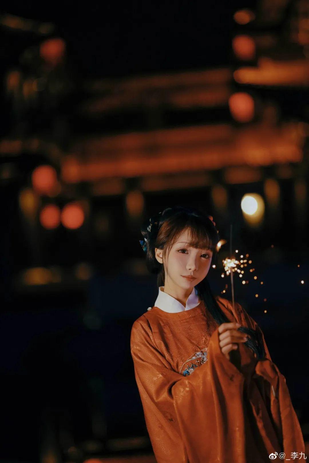 【汉服摄影】去年元夜时,花市灯如昼