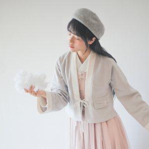 徐娇织羽集原创汉元素服 冬季新款 刺绣短款毛呢外套女 点绛唇