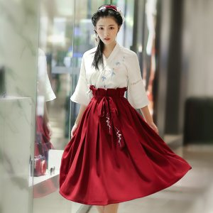 华小夏熙颜汉元素日常改良汉服女装绣花交领上衣中长半身裙秋季
