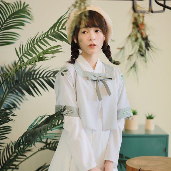 【采蘩】徐娇织羽集日常汉元素服春夏新款女装刺绣方领对襟外套