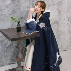 中国风汉服斗篷女装加绒加厚连帽长款汉元素改良女复古冬披风秋冬