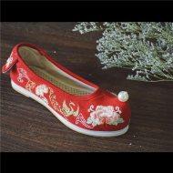 【朱砂痣】绣花平跟 圆头鞋 坡跟弓鞋  珍珠鞋 汉服配饰 非现货