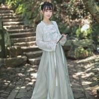 【十三余 小豆蔻儿】[洛神赋] 对襟齐腰刺绣系带一片式下裙汉服女