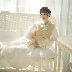 【十三余 小豆蔻儿】[楚楚] 交领拼接汉元素上衣 绣花半身裙套装