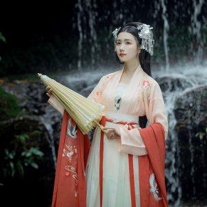 重回汉唐 四时歌传统刺绣对襟齐腰一片式襦裙吊带汉服女中国风秋
