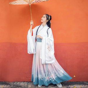 汉尚华莲琴师传统汉服女刺绣大袖交领襦裙齐腰渐变印花日常春秋装