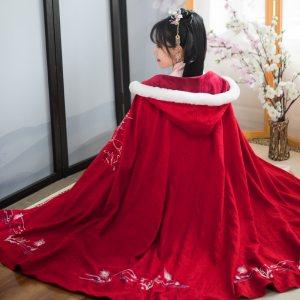 【凤挽歌】 梨花渡原创 中国风冬装新款红色加厚斗篷过年汉服女