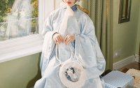 【十三余 小豆蔻儿】[花间狸奴] 斜挎单肩流苏毛绒圆形猫饼手提包
