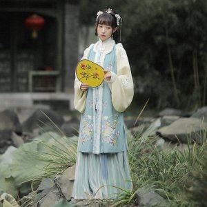 【十三余 小豆蔻儿】[与君书]立领直襟短袄长比甲刺绣汉服女秋冬