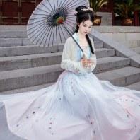 【芥子歌】梨花渡原创中国风传统汉服女刺绣对襟上襦齐腰襦裙套装