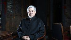 儒学、汉服、尊孔 - 秋风,争议中的儒者